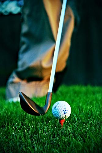 golf low cost esiste davvero scopriamo quanto costa. Black Bedroom Furniture Sets. Home Design Ideas